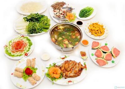 Lau-hai-san-chua-cay-Ga-nuong-Phu-Dong-cho-04-nguoi-tai-Nha-hang-Phu-Dong-Thien-Vuong-Chi-voi-