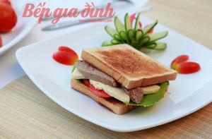sandwich_pate_gan_4