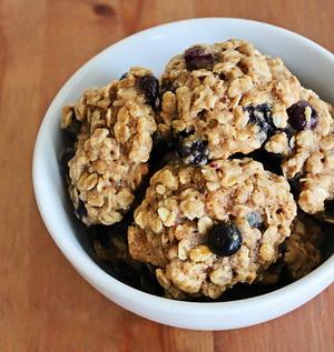 banh-cookies-hoa-qua-h12