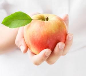 LoiIchCuaTao Giảm đột quỵ và tim mạch nhờ ăn táo