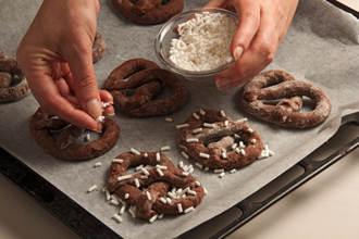 banh-Pretzel-chocolate_18.09.14_5