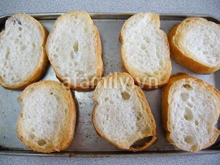 banh my ca hoi 17.09.14 5 Cách làm bánh mỳ cá hồi xông khói