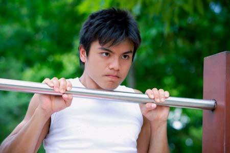 BaiTap TangCan NamGioi 4 5 động tác đơn giản tập cơ bắp