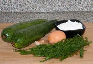 Banh bi chien 20.11.14 2 Cách làm bánh bí chiên giòn
