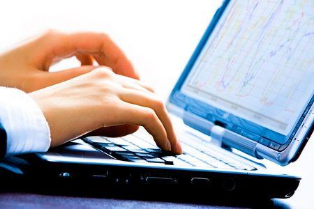 Su-dung-laptop