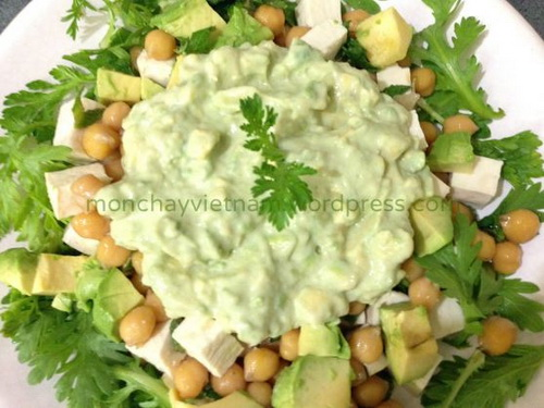 salad-cai-cuc-dau-ga-sot-trai-bo