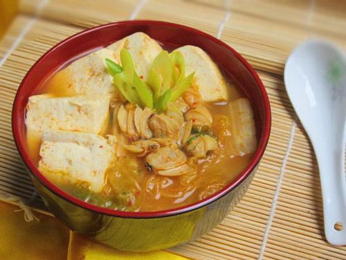 1418694756-canh-kim-chi-nau-ngao-dau8