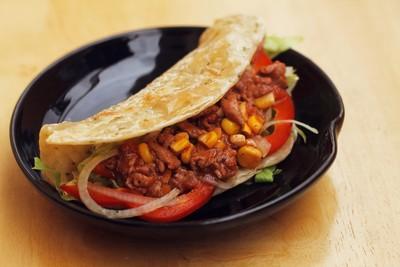 banh taco 13.12.14 9 Cách làm bánh kẹp Taco từ Mexico