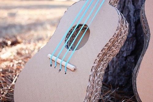dan-guitar-15-12-10