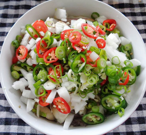 1419342685-salad-ca-tim-5