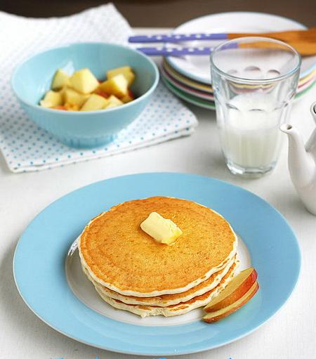 lam-banh-pancake-xop-mem-ma-khong-can-den-trung-6
