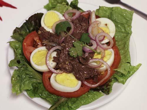 saladtronthitbo(1)