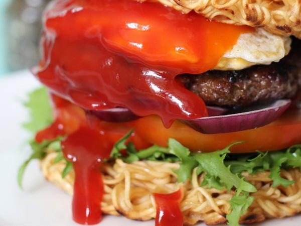 Burger-mi-goi_03.07.15_1