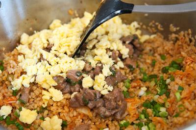 com-chien-kimchi-23-9-5