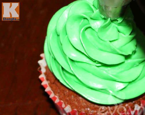 banh-cupcake-cay-thong-noel_14.12.15_5