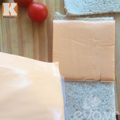 banh-sandwich-cay-thong_25.12.15_2