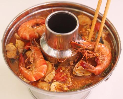 cach-lam-lau-thai-chua-cay-hap-dan-cuoi-tuan-10