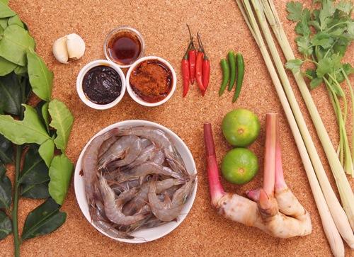 cach-lam-lau-thai-chua-cay-hap-dan-cuoi-tuan-2