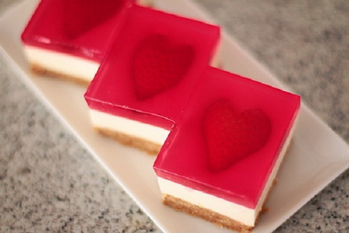 hoc-lam-cheesecake-thach-trai-tim-dem-to-tinh-ngay-valentine-15