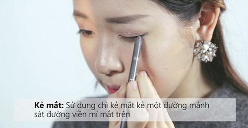 7-buoc-don-gian-de-co-lop-trang-diem-ngot-ngao-dung-kieu-huong-mua-he-15