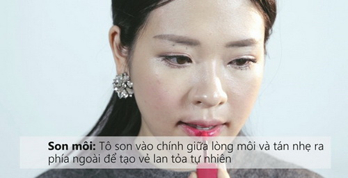 7-buoc-don-gian-de-co-lop-trang-diem-ngot-ngao-dung-kieu-huong-mua-he-19