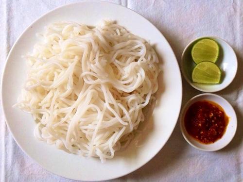 bun-chay-hue-hap-dan-cho-bua-sang-6
