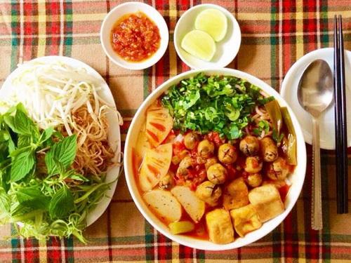 bun-chay-hue-hap-dan-cho-bua-sang-9