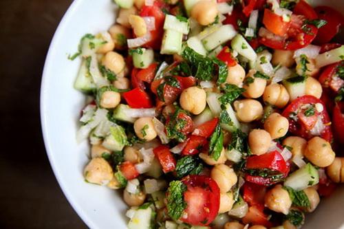 cach-lam-salad-ngo-cay-gion-ngon-that-ngon-8