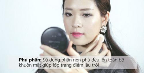 ho-bien-lop-makeup-ban-ngay-thanh-guong-mat-long-lay-cho-dem-tiec-mua-he-14