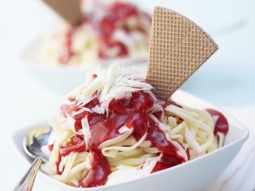 hoc-nguoi-duc-nau-mi-spaghetti-bang-kem-an-thay-com-3