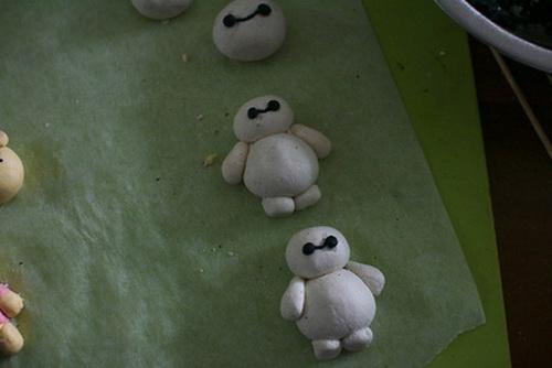 me-kheo-tay-lam-matcha-pudding-baymax-sieu-yeu-cho-be-9