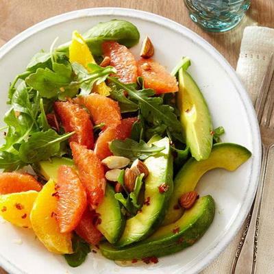 muon-giam-can-hieu-qua-mon-salad-nay-la-lua-chon-hang-dau-8