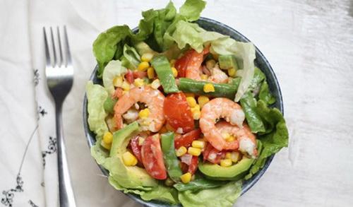 cach-lam-salad-bo-tom-dep-dang-dep-da-cho-phai-dep-8