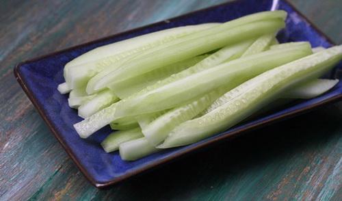 huong-dan-lam-pho-cuon-chay-don-gian-4