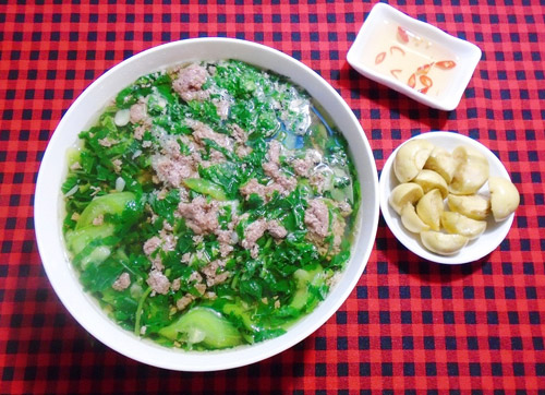 canh-cay-nau-muop-rau-day-thanh-mat-6
