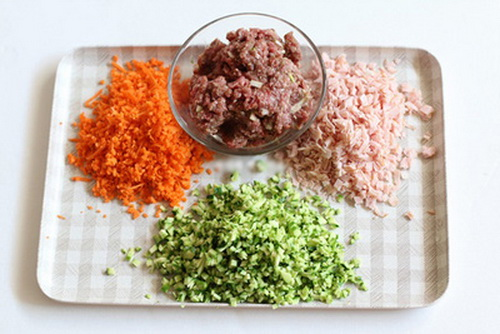 lam-thap-com-sushi-8-tang-trong-coc-dep-mat-cho-bua-trua-van-phong-ngon-mieng-2
